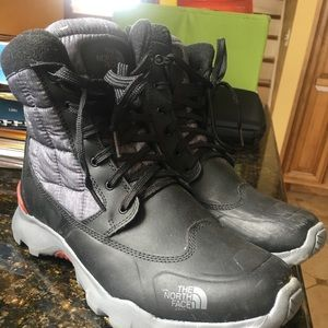 Brand new worn once North Face Boots